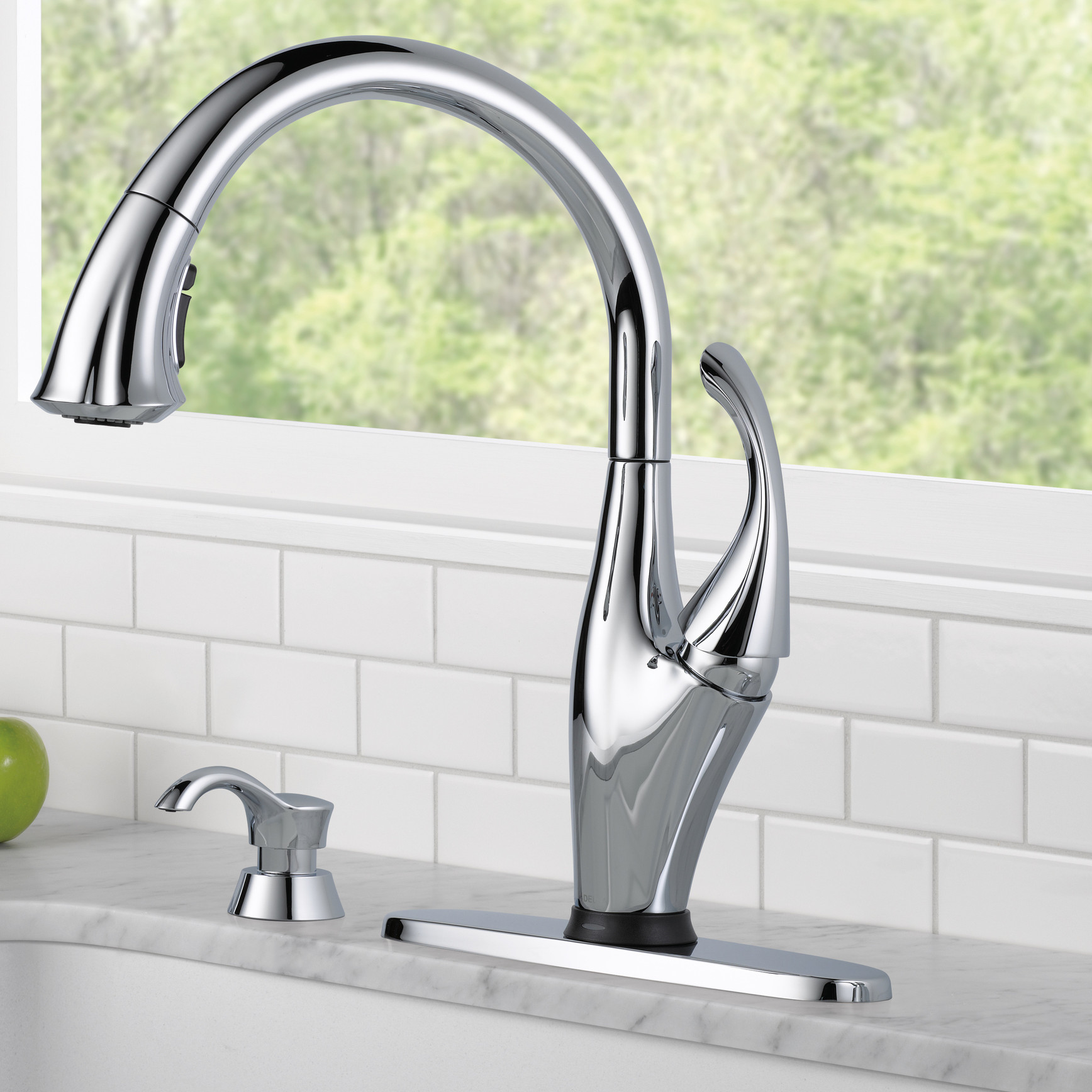 Dazzling Design Delta Touch Kitchen Faucet 29