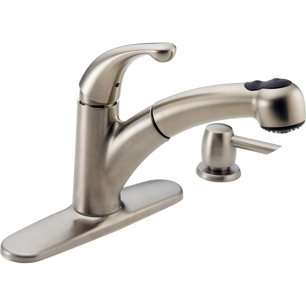 redoubtable-delta-pull-out-kitchen-faucet-13.jpg